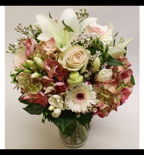 Blumenstrauß Eleganter Strauß